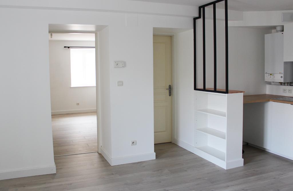 Rénovation d'un appartement 2 pièces avec verrière