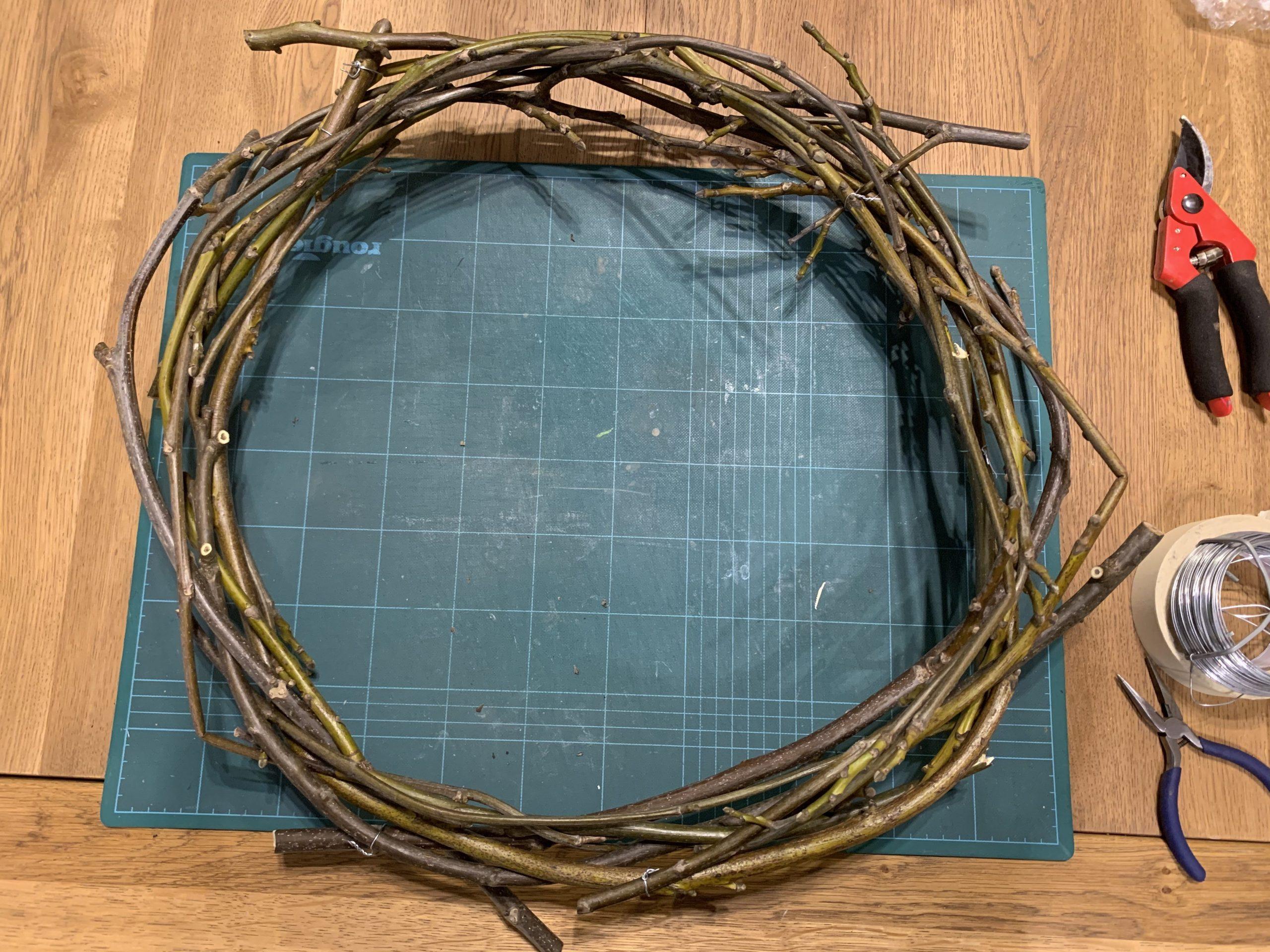 Une couronne de Noël 100% récup et DIY